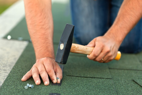 7 Things to Consider Before Hiring a Roofer